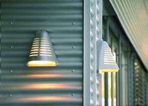 Declic-Luminaire -  - Garten Wandleuchte