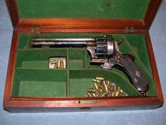 Patrice Reboul - revolver à broche eugène lefaucheux  - Pistole Und Revolver