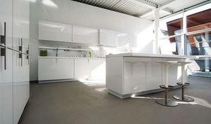 Binova - unit - Kleine Einbauküche