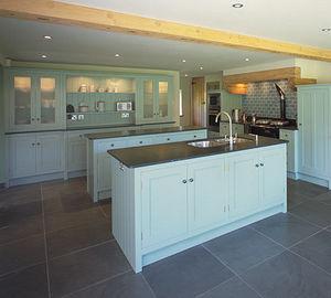 David Armstrong Furniture - handmade bespoke kitchens - Einbauküche