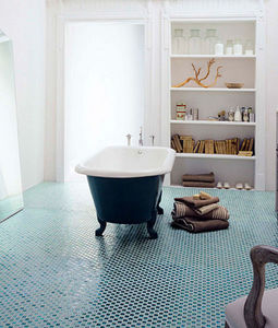 Surface - glass mosaic tiles - Mosaikfußboden