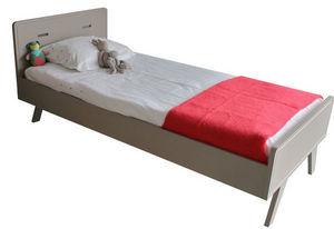 MADAKET -  - Kinderbett