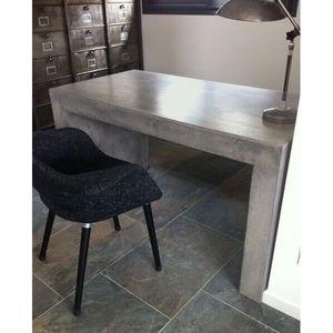 Mathi Design - bureau beton design - Schreibtisch