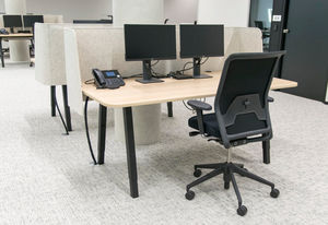 BUZZISPACE - _buzziwrap-desk - Bürotrennungselement