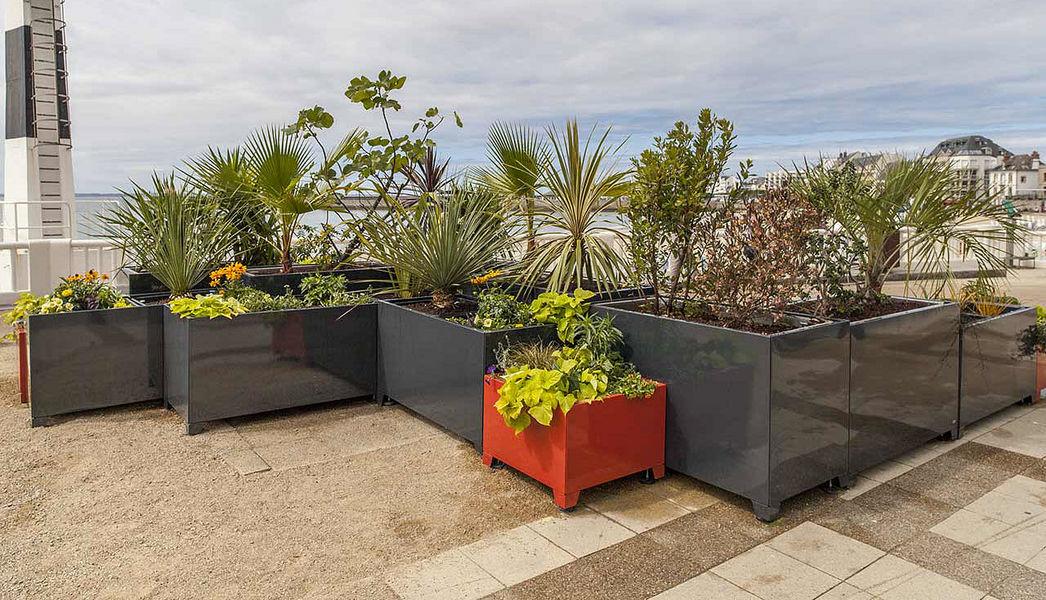 GIROD GROUP Jardinera urbana Mobiliario urbano Jardín Diverso  |