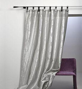 Nya Nordiska Pinza de cortina