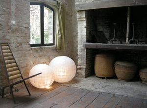Beatrice Desrousseaux -  - Objeto Luminoso