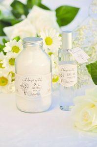 Amelie et Melanie - le bouquet de lili - Sales De Baño