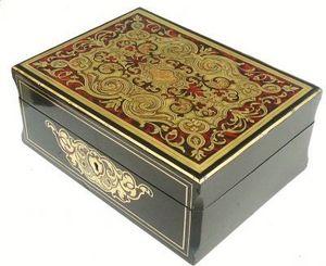 Art & Antiques - coffret en marqueterie boulle - Caja De Juegos