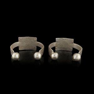 Expertissim - deux bracelets berbères en métal argenté, première - Pulsera