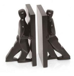 KIKKERLAND. - pushing men - Sujetalibros