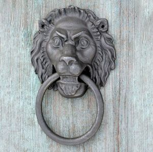 Replicata - -portallöwe - Aldaba