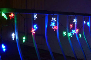 FEERIE SOLAIRE - guirlande solaire etoiles multicolores 20 leds 5,8 - Guirnalda Luminosa