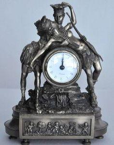 Demeure et Jardin - pendule le baiser - Reloj Cartel