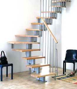 Safety Stairways -  - Escalera Con Tramo Curvo