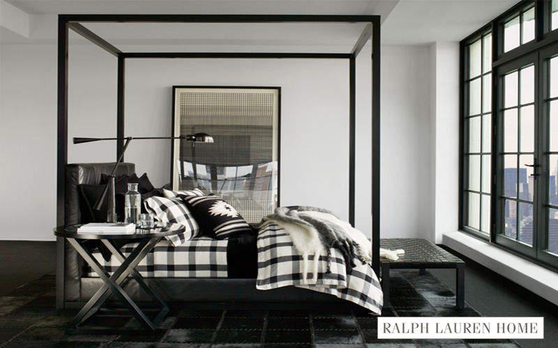 Camera Da Letto Con Parete Glicine : Ralph Lauren Home Bedding