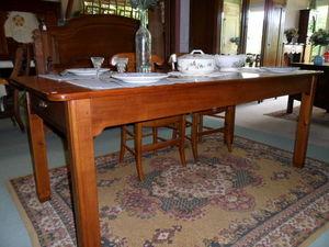 Loic Bougo - table rectangle en merisier - Tavolo Da Pranzo Rettangolare