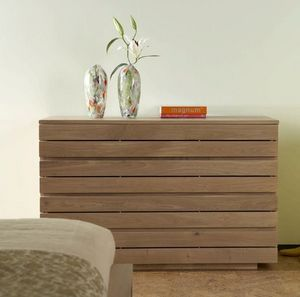4 Living Furniture -  - Comò / Cassettone