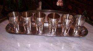 Art & Antiques - ensemble de timbales en métal argenté ornées de fr - Bicchiere Di Metallo