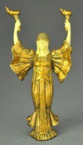Demeure et Jardin - statue de femme porte torchère - Statuetta
