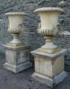 Paul Martin Architectural Ceramics - flaxton - Vaso Medici