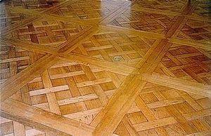 Christian Pingeon / Art Tradition Antiques - versailles - Parquet A Quadri