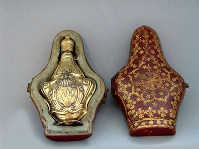 Dario Ghio Antiquites - Flacone di profumo-Dario Ghio Antiquites